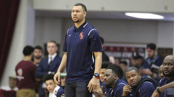 Former NBA player Brandon Roy named Naismith National High School Coach of the Year