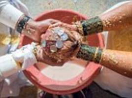 pakistan passes landmark hindu marriage bill