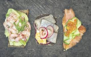 working lunch review: french-finnish fun at aster, victoria