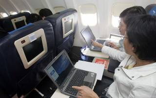 Laptop ban on flights must come into force by Saturday, government says