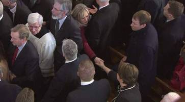 martin mcguinness funeral: applause for arlene foster as she takes her seat in st columba's church