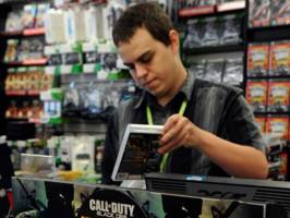 GameStop tanks after missing on sales and signaling it will close some stores this year (GME)