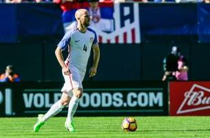 usmnt's man in the arena: in pressing times, michael bradley hones voice of a leader