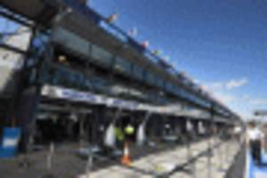 new f1 experiences package lets you tour the track, pit lane