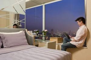 Discover the Different Mix of Hong Kong with Dorsett Mongkok's 24-hour Experience Package For A Taste of Local