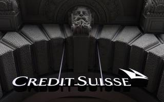 Credit Suisse mulls stock sale instead of Swiss IPO