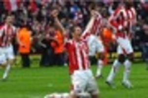 richard cresswell happy to be framed on stoke city glory day