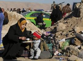 UN: 'The worst is yet to come' with 400,000 Iraqis trapped in Mosul
