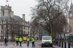 east kilbride mp praises exceptional emergency services in aftermath of westminster terror attack