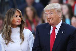 Melania Trump Refuses To Share Bed With Husband Donald Trump; The First Lady Is Miserable, Sources Claim