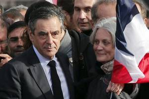 Fillon Accuses French President of Involvement in Campaign to Damage Him