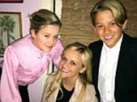 reese witherspoon poses for birthday photo with children