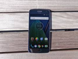 the newest moto g is the best phone you can buy for under $300