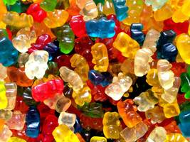 a major candy maker plans to open a factory in wisconsin (hsy, mdlz)
