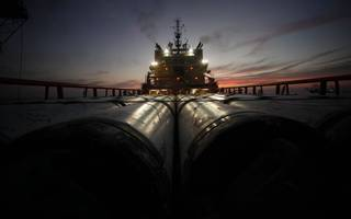 Oil prices edge up on Saudi promise to cut US exports