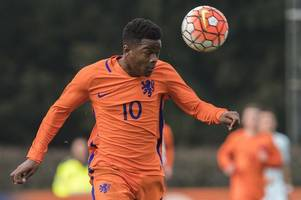 manchester united lead the race to sign ajax prodigy daishawn redan