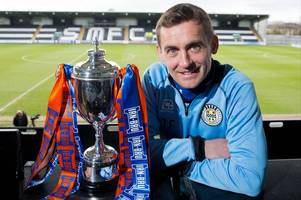 st mirren no2 james fowler insists he won't let players down tools after his spell working on building site