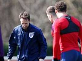 glenn hoddle: three is the magic number for england