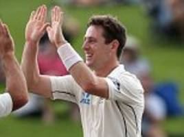 New Zealand make early inroads against South Africa