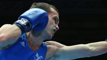 mcgoldrick wins pro debut in manchester on crolla undercard