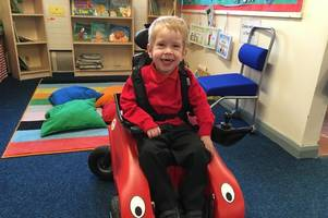 Four year-old with cerebral palsy can play with his friends for the first time thanks to his new wheelchair