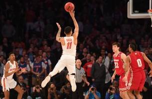 Buzzer beaters! Florida and Wisconsin trade last-second shots in stunning Sweet 16 thriller