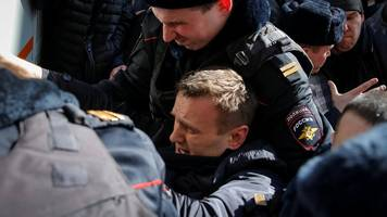 alexei navalny, russian opposition leader, arrested in moscow