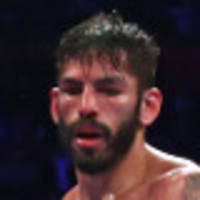 linares retains lightweight title