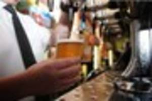 pub boss urges licensees to join him in price cut protest