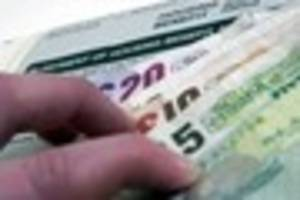 Scunthorpe hospital worker's  £26,000 benefits scam