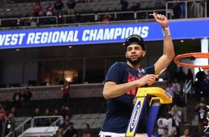 Gonzaga makes resounding statement in earning Final Four berth