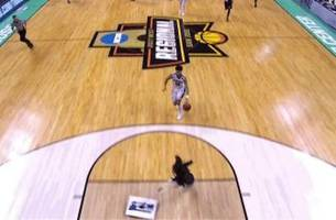 watch a fast-moving floor mopper avoid disaster on gonzaga breakaway