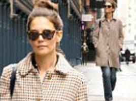 katie holmes steps out for a day of shopping in new york