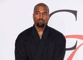 kanye west in talks to join revival of 'american idol'