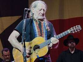 wife of texas legend willie nelson launches cannabis-suffused line of chocolates