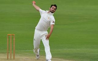 late wickets hand middlesex hope as mcc seam duo shine