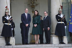 Prince William, Kate Middleton Deal With Major PR Crisis; Prince Harry Reportedly Taking Advantage