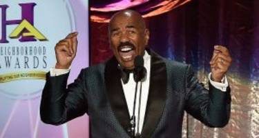 steve harvey wiki: tv shows, wife, net worth, miss universe, and a shot at redemption