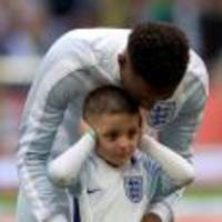 Bradley Lowery enjoys 'amazing' Wembley experience with his mate Jermain Defoe