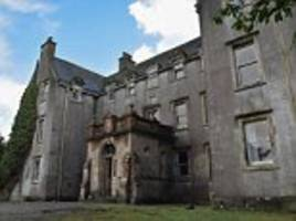 mansion where bonnie prince charlie drummed up jacobite