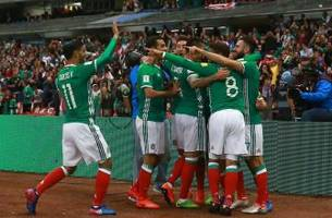 chicharito goes for mexico goal record in world cup qualifier vs. trinidad & tobago