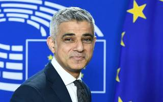 sadiq khan announces london-paris business partnerships
