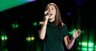 "sheena brook vs. hanna eyre on ""the voice"" 2017: showdown of the country singers"