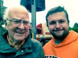 peter higgs says life has been ruined by selfie requests