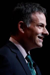 david einhorn is the second activist to target gm in two years —one chart explains why (gm)