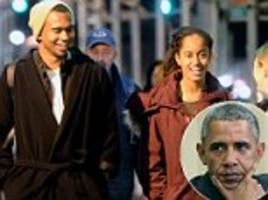 malia obama pictured with tall hipster mystery man in nyc