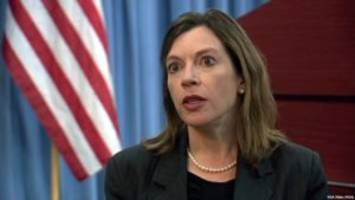 if evelyn farkas resigned in 2015, how did she have access to trump-russian intelligence?