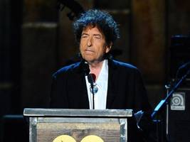 bob dylan's unpublished love note to wisconsin set for auction
