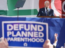 mike pence breaks senate tie to allow states to defund planned parenthood