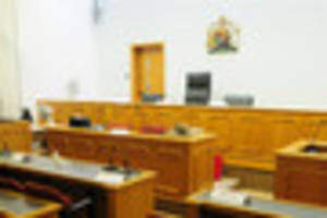 Imitation firearm charge lands Lincoln woman in court